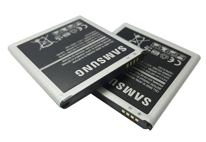 Thay pin Samsung J4 Prime: Pin rời, pin chuẩn Li- Ion, dung lượng 300mAh.