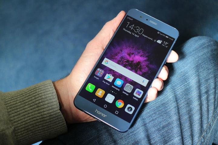 Khi thấy pin Huawei Honor 8, 8X bị lỗi nên đi thay ngay tránh gián đoạn sử dụng.
