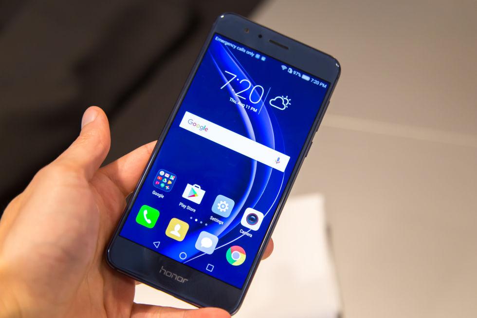 Thay màn hình Huawei Honor 8 khi bị lỗi nếu không gián đoạn quá trình sử dụng