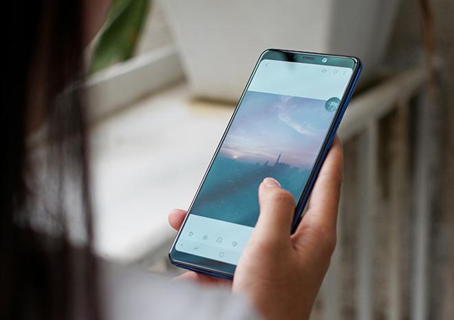 Pin Samsung A9 2018 với công nghệ pin : siêu tiết kiệm, sạc pin nhanh.