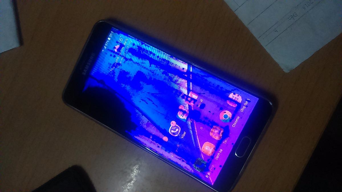 Hiện tượng Samsung Note 5 bị chảy mực màn hình