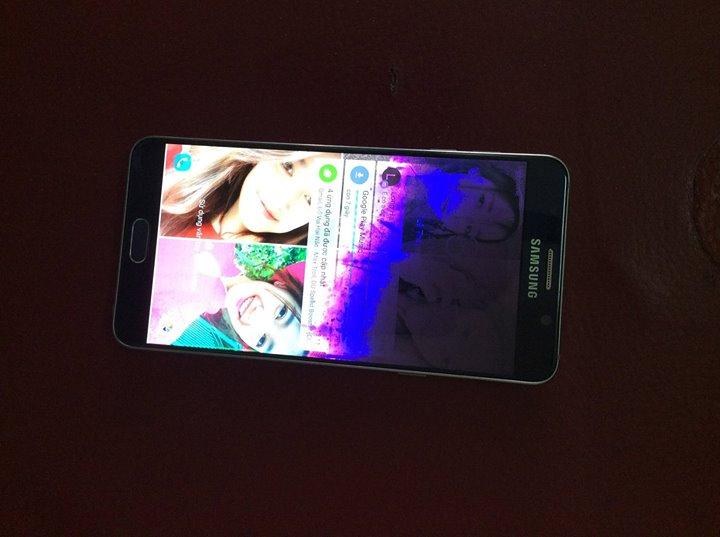 Samsung Note 5 bị chảy mực màn hình