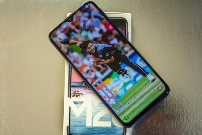 Dịch vụ ép/ thay mặt kính Samsung M20